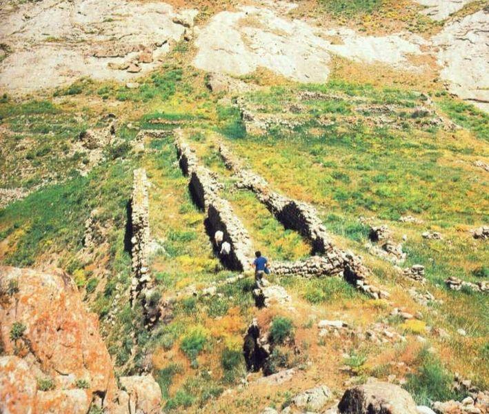 Раскопки крепости Алинджа-Кала (XI-XIII вв.) в Советский период