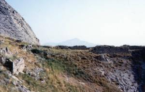 Развалины крепости Алинджа-Кала (XI-XIII вв.)